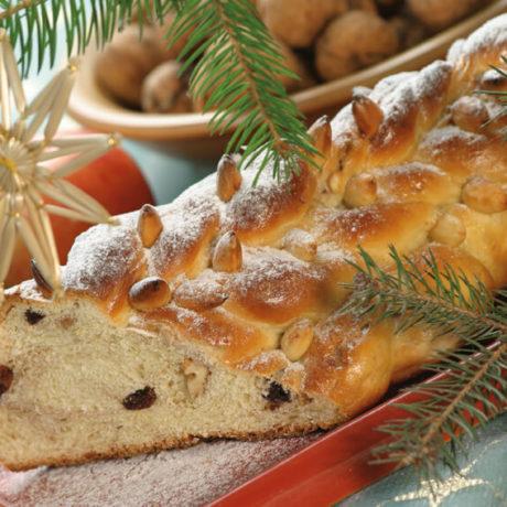 Cseh karácsonyi kalács (Vánočka)