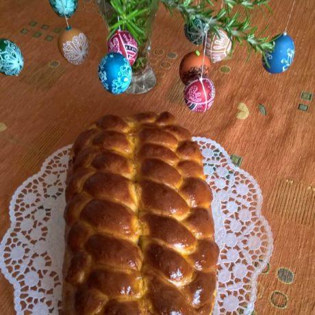 Foszlós (tejmentes) húsvéti kalács