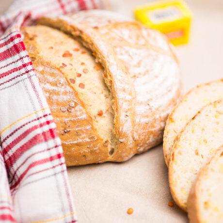 Vöröslencsés kenyér