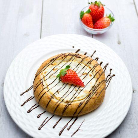 Túrókrémes gyümölcsös pite (cukormentes, laktózmentes)